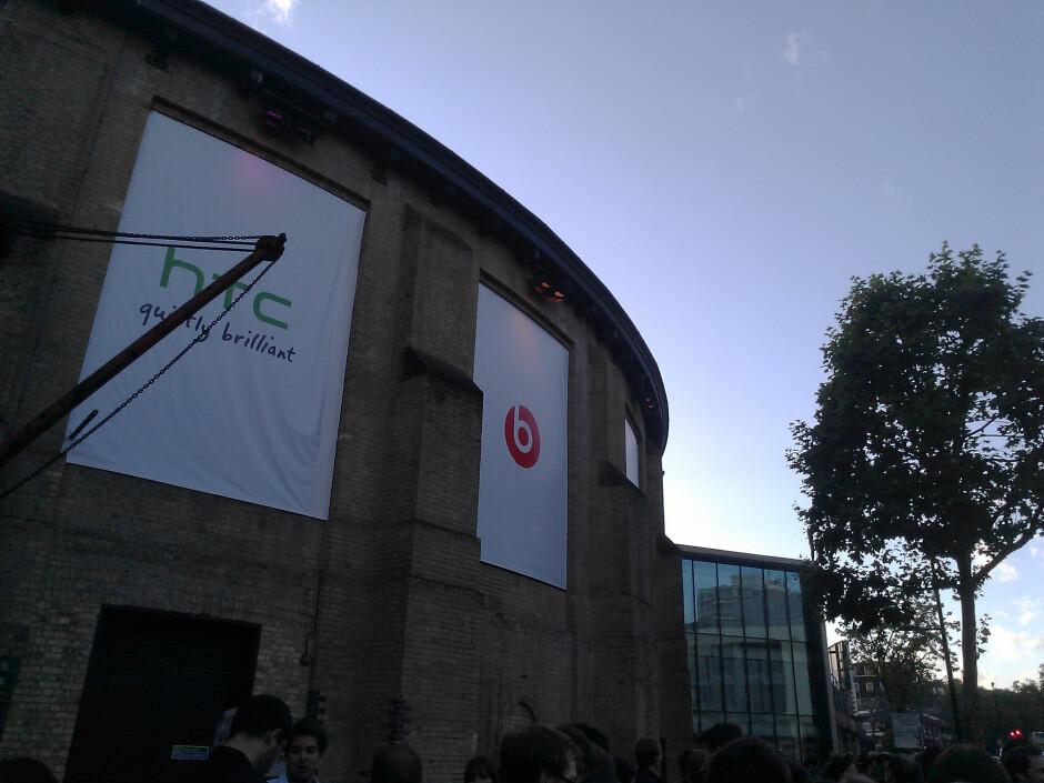 Camera samples taken with HTC Radar - HTC Radar Review