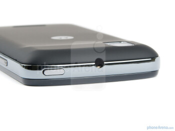 Power key and 3.5 mm jack (top) - The edges of the Motorola PRO are surrounded by a chromed metal rim - Motorola PRO Review
