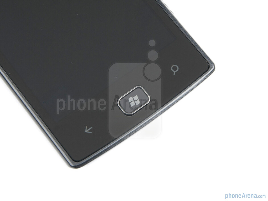 Buttons below the display - Samsung Omnia W Preview