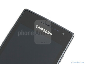 Front facing camera - Samsung Omnia W Preview