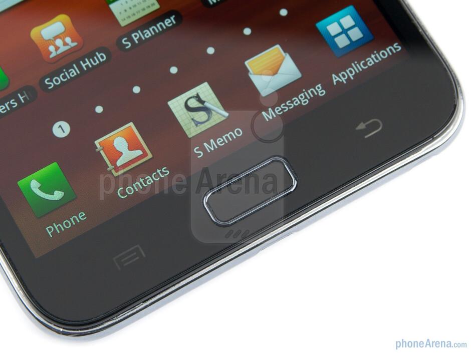 "The Samsung GALAXY Note uses a gargantuan 5.3"" display - Samsung GALAXY Note Preview"