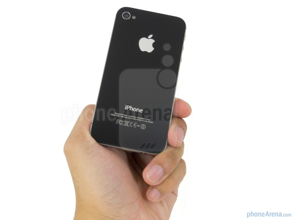 The Apple iPhone 4S utilizes a rehashed design - Apple iPhone 4S Review