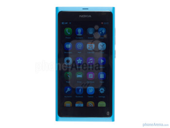 3.9-inch Clear Black AMOLED - Nokia N9 Review