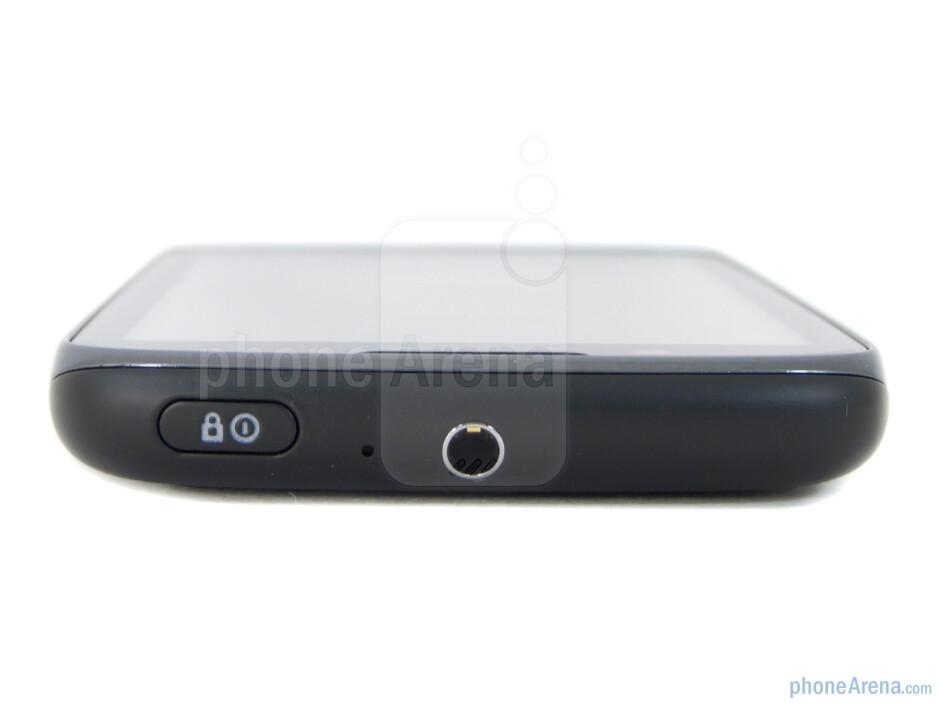 Power key and 3.5 mm jack (top) - Motorola ATRIX 2 Review