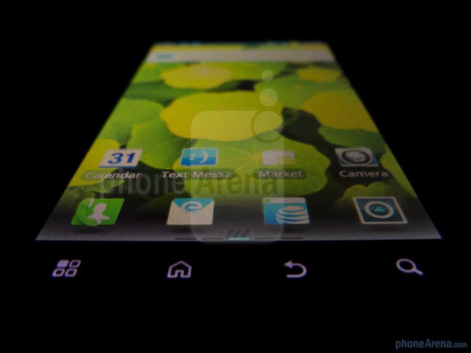 "The Motorola ATRIX 2 comes with a 4.3"" qHD  LCD display - Motorola ATRIX 2 Review"