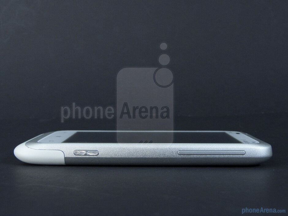 Right - The sides of the HTC Radar 4G - HTC Radar 4G Review