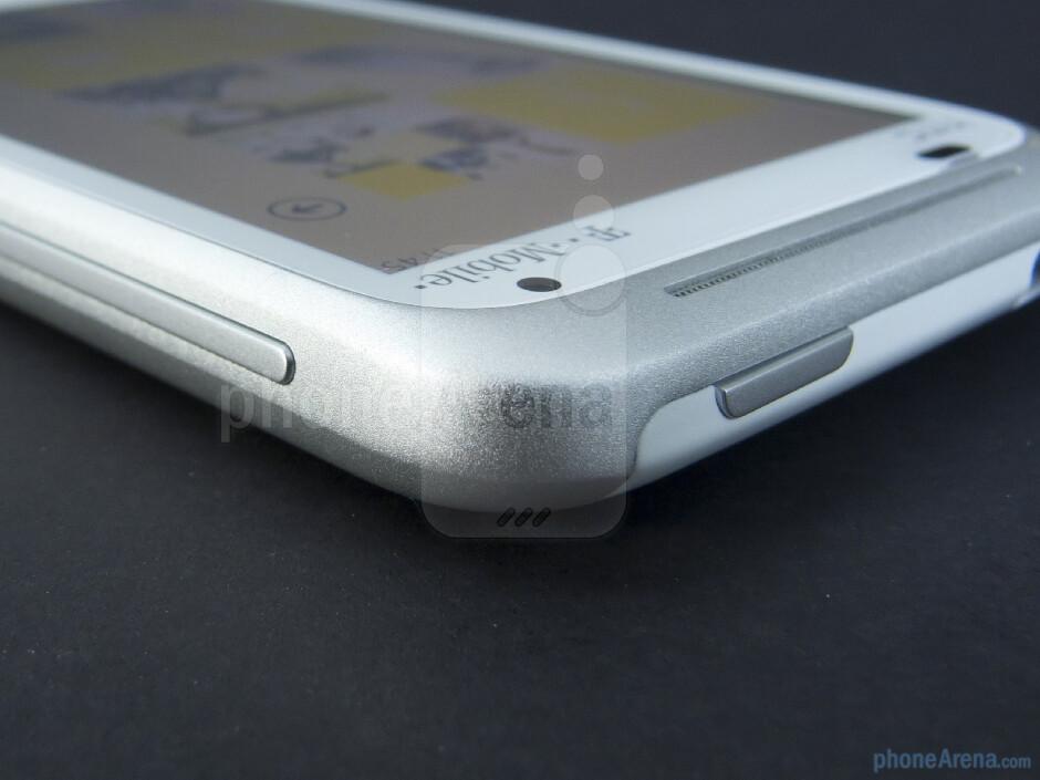 Power and volume keys - HTC Radar 4G Review
