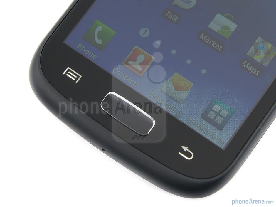 Keys below the display - Samsung GALAXY W Review