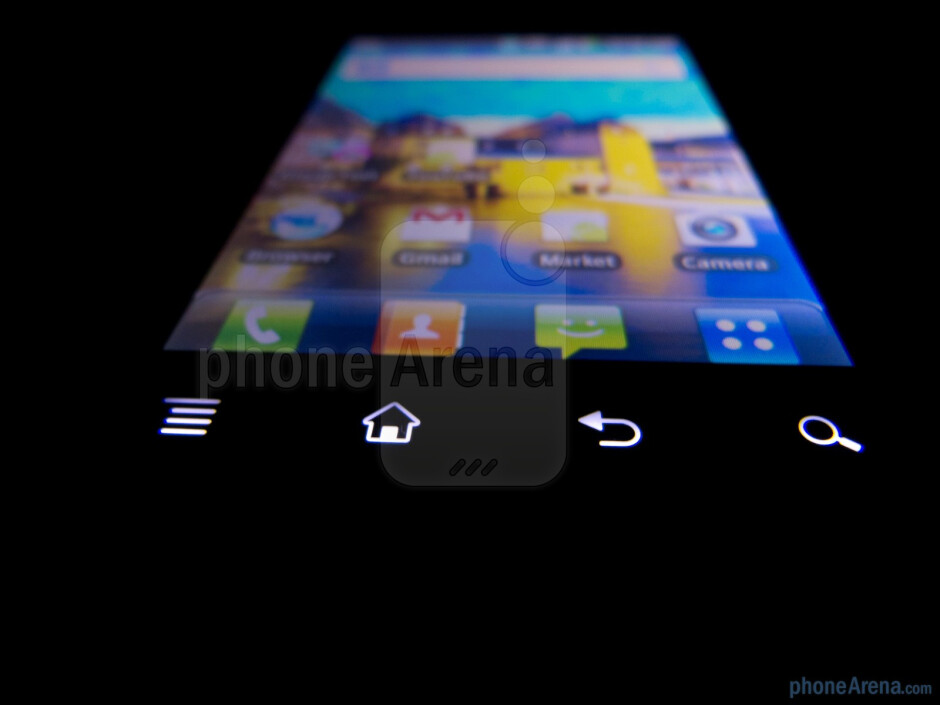 Android capacitive buttons beneath the main display - LG DoublePlay Review