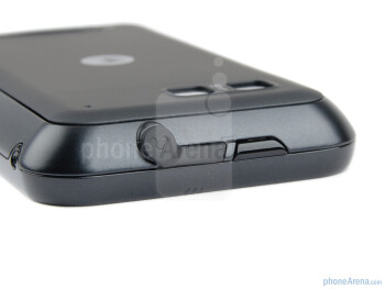 3.5mm headset jack and power key on the top - Motorola DEFY+ Review