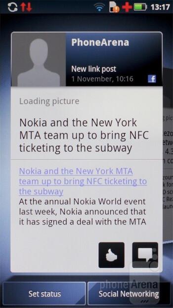 Status updates widget - Motorola DEFY+ Review