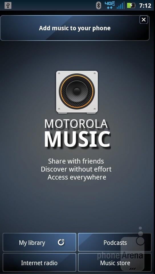 The music player interface of Motorola DROID RAZR - Motorola DROID RAZR vs HTC Rezound