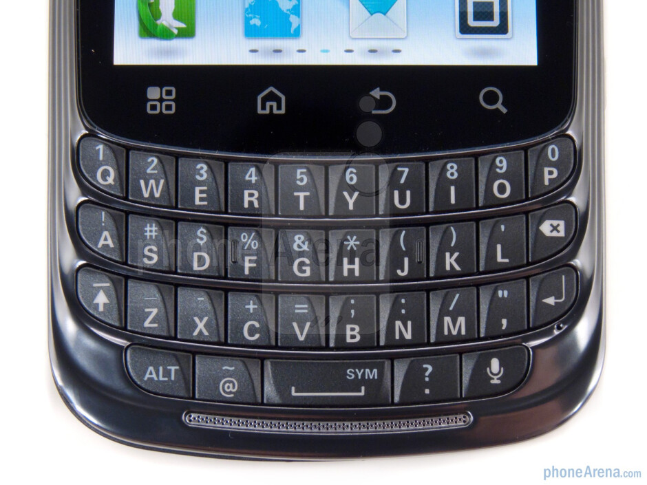 The keyboard is an excellent blend of firm and soft - Motorola Admiral Review