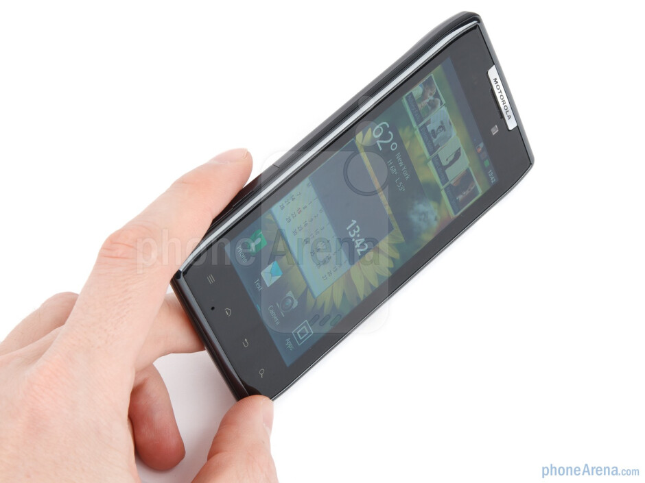 The Motorola RAZR flaunts one of the most compelling handset designs in recent memory - Motorola RAZR Review