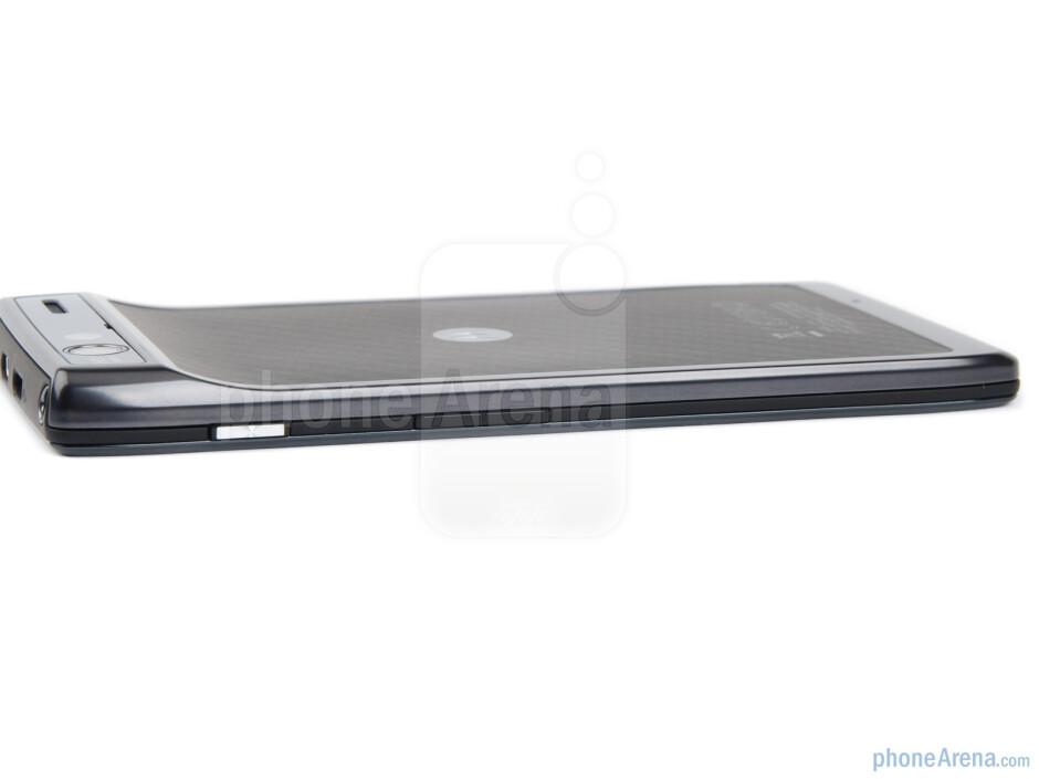 Volume rocker and power key (right) - The sides of the Motorola RAZR - Motorola RAZR Review