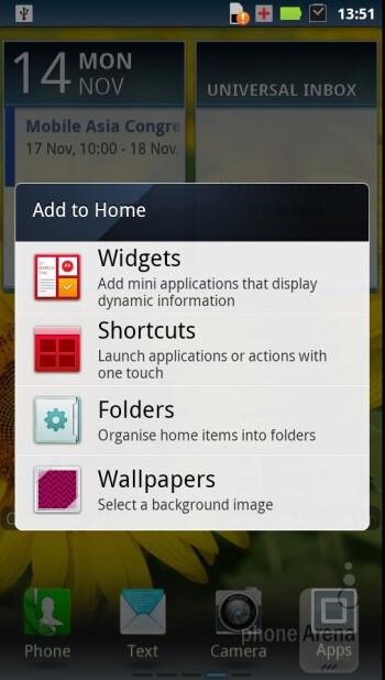 Motorola RAZR runs Android 2.3.5 - Motorola RAZR Review