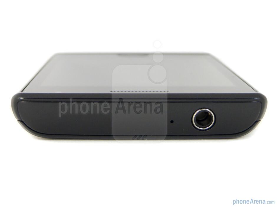 3.5mm jack (top) - Samsung Focus Flash Review