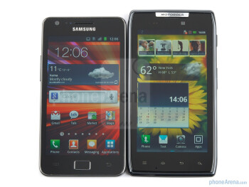 The Motorola DROID RAZR (right) next to the Samsung Galaxy S II (left) - Motorola DROID RAZR vs Samsung Galaxy S II