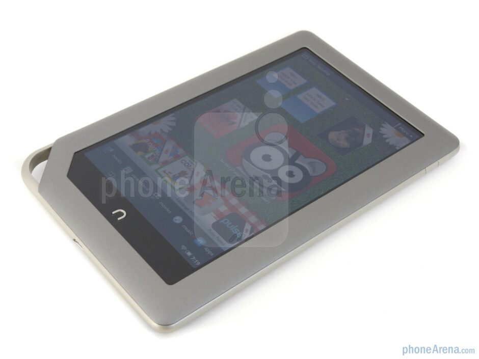 The  'n' button below the display - Barnes & Noble NOOK Tablet Review