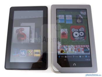 "Both the Amazon Kindle Fire (left) and the Nook Tablet (right) sport the same size 7"" 1024 x 600 IPS displays - Amazon Kindle Fire vs NOOK Tablet"