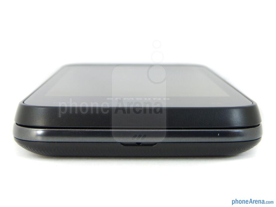 Bottom edge - Samsung Captivate Glide Review