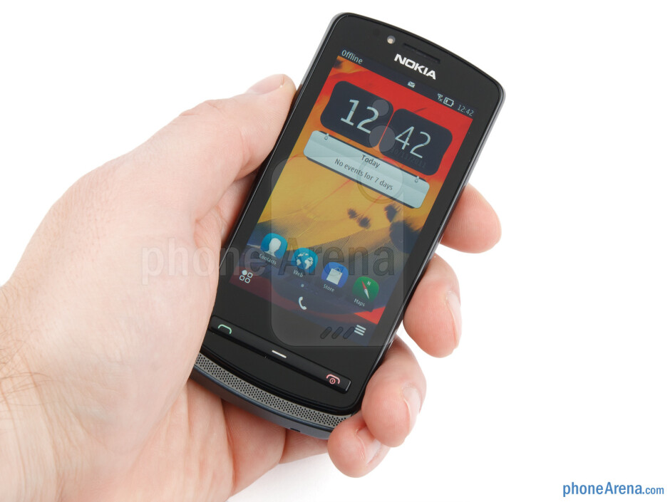 The Nokia 700 is very easy to handle and operate with one hand - Nokia 700 Review