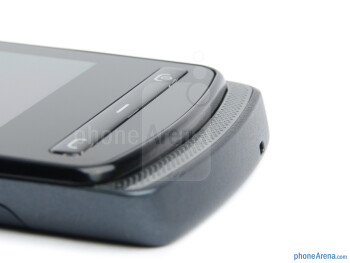 The loudspeaker grill is frontal and recessed, making the phone look like a slider - Nokia 700 Review