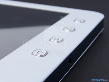 Buttons below the display - The sides of the ViewSonic ViewPad 7e - ViewSonic ViewPad 7e Review