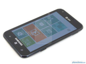 """The 4.3"""" WVGA Super AMOLED Plus display of the Samsung Focus S - Samsung Focus S Review"""