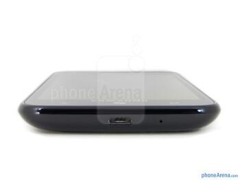 microUSB port (bottom) - Samsung Focus S Review