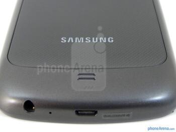 Speaker grill - Verizon Galaxy Nexus Review