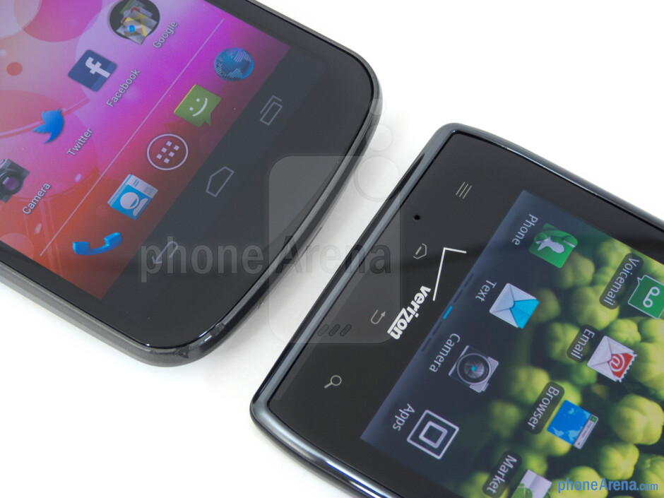 Android buttons - The Verizon Galaxy Nexus (left) and the Motorola DROID RAZR (right) - Verizon Galaxy Nexus vs Motorola DROID RAZR