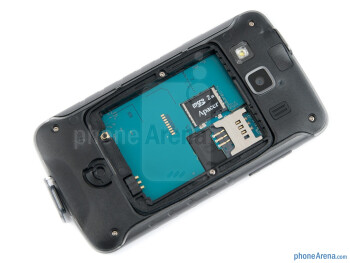 The battery compartment of Samsung Galaxy Xcover - Samsung Galaxy Xcover Review