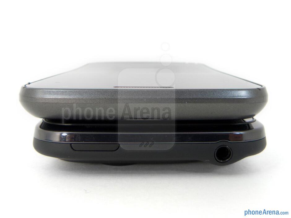 Top - Side views - Verizon Galaxy Nexus (top, left) and HTC Rezound (bottom, right) - Verizon Galaxy Nexus vs HTC Rezound