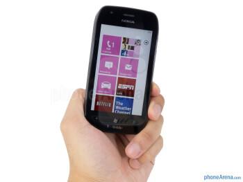 The Nokia Lumia 710 has a predictable appearance - Nokia Lumia 710 Review