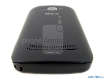 Speaker grill - Nokia Lumia 710 Review