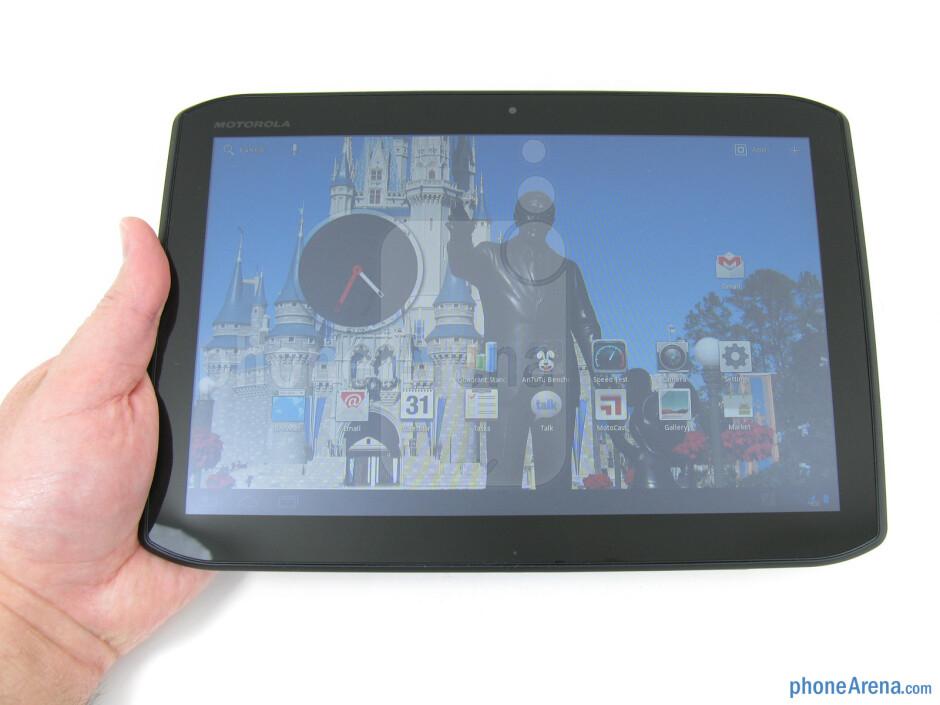 Motorola DROID XYBOARD 10.1 appears well built - Motorola DROID XYBOARD 10.1 Review