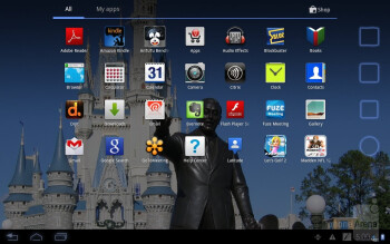 The Honeycomb interface of the Motorola DROID XYBOARD 10.1 - Apple iPad 3 vs Motorola DROID XYBOARD 10.1