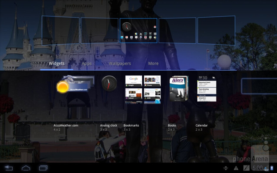 The Motorola DROID XYBOARD 10.1 comes with the standard Android 3.2 Honeycomb - Motorola DROID XYBOARD 10.1 Review