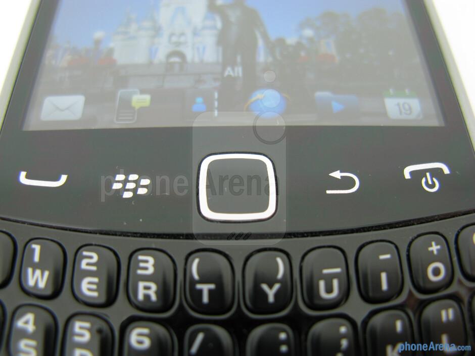 BlackBerry buttons - RIM BlackBerry Curve 9370 Review