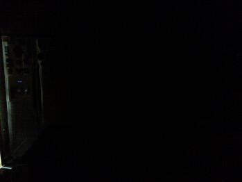 Darkness - Indoor samples - RIM BlackBerry Curve 9370 Review