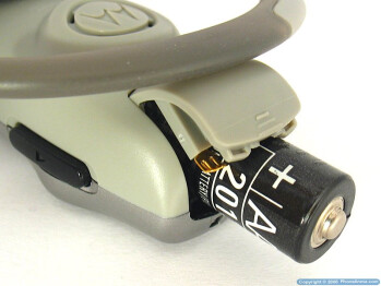 Battery door - Motorola HS805 Headset Review