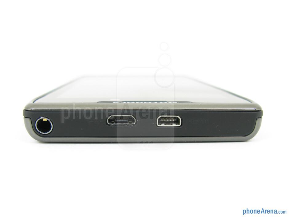 microUSB, Micro HDMI ports and 3.5mm jack - Motorola DROID RAZR MAXX Review