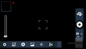 Camera interface of the Motorola DROID RAZR MAXX - Motorola DROID 4 vs Motorola DROID RAZR MAXX
