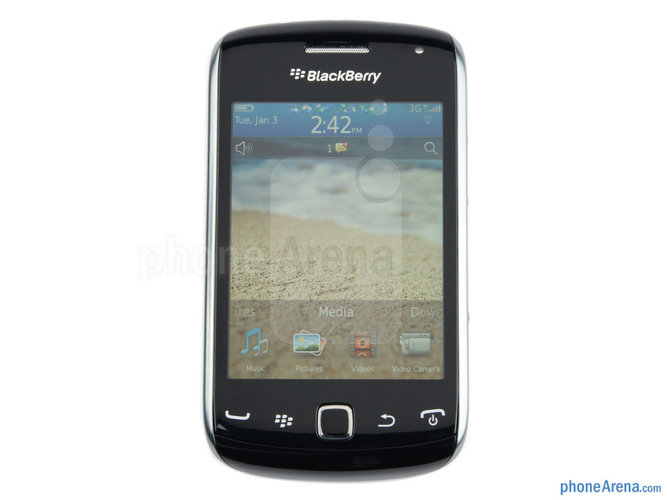 """The 3.2"""" display - RIM BlackBerry Curve 9380 Review"""