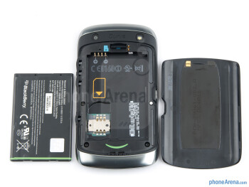 Battery compartment - Back - RIM BlackBerry Curve 9380 Review