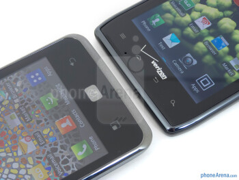 Android buttons - The LG Spectrum (left) and the Motorola DROID RAZR (right) - LG Spectrum vs Motorola DROID RAZR