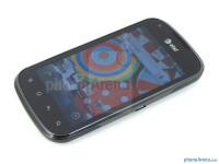 Pantech-Burst-Review-Design-12.jpg