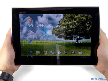 Our hands tire very easily after holding the Asus Eee Pad Slider - Asus Eee Pad Slider Review
