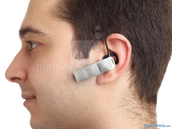 Jawbone Era - Best Bluetooth headsets: Jawbone ERA vs Plantronics Voyager PRO HD vs Jabra Supreme vs Jabra Extreme2